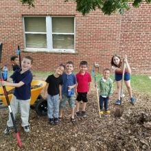 Horace Mann garden day